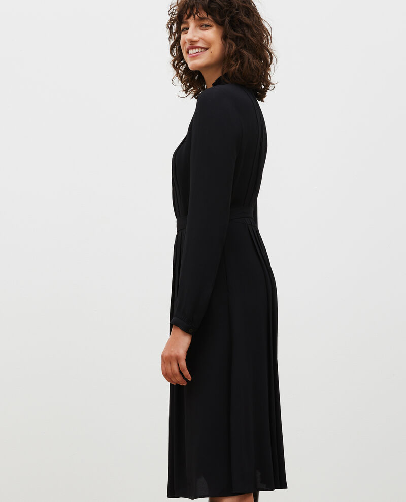 Robe plissée ceinturée Black beauty Marcilia