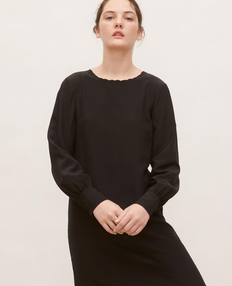 Robe en soie ample et courte Black beauty Lamax