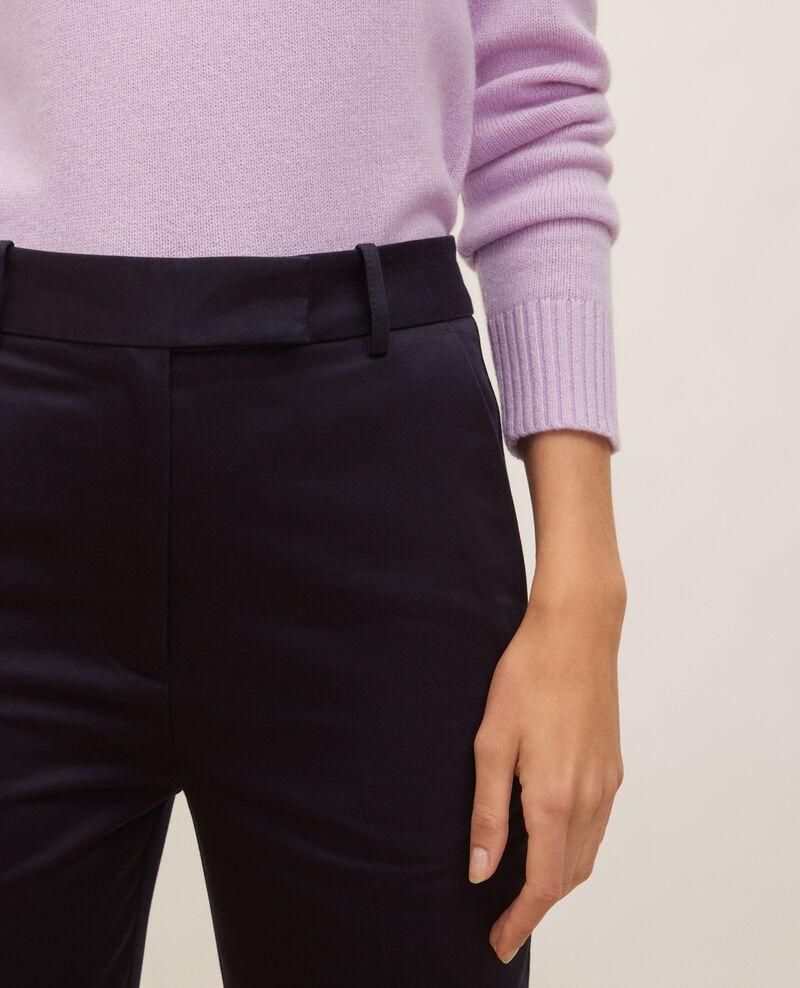 Pantalon chino MARGUERITE, 7/8e fuselé en coton Night sky Mezel