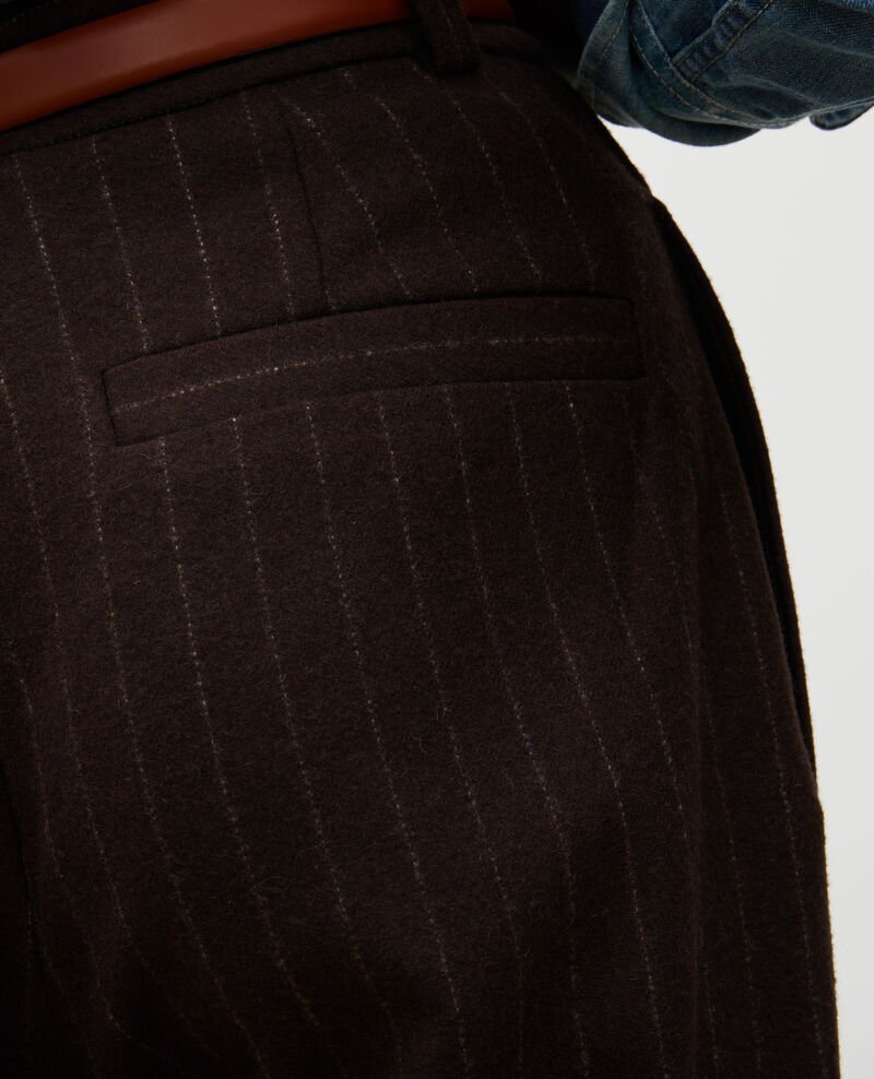 Pantalon YVONNE, large, taille haute en laine Stripe coffee bean Mefari