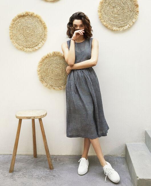 Robe mi-longue avec du lin NOIR/BLANC/ROUGE