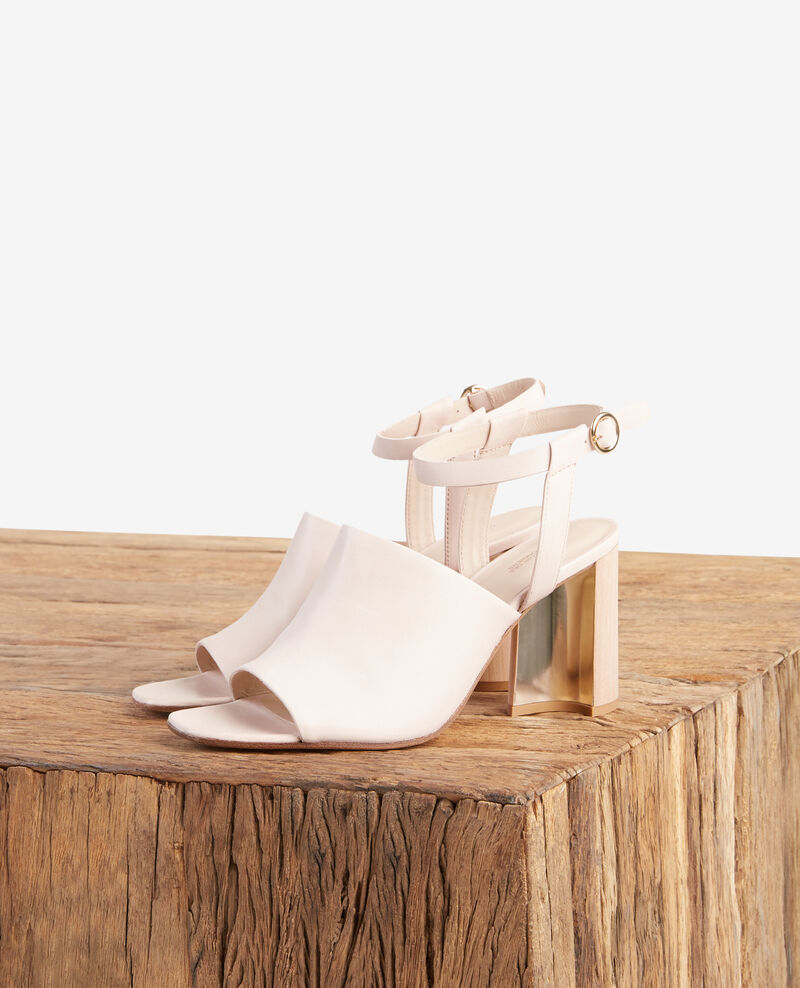 Sandales en cuir avec talons en biais Nude Feminin