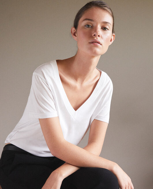 T-Shirt brodé Léon OFF WHITE