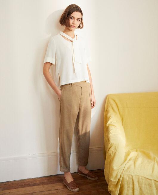 Pantalon avec du lin NATURAL BEIGE
