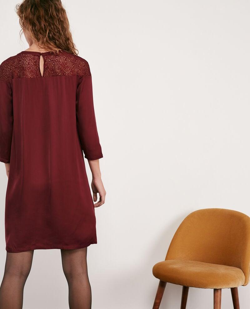 Robe en satin et dentelle Burgundy Datillon