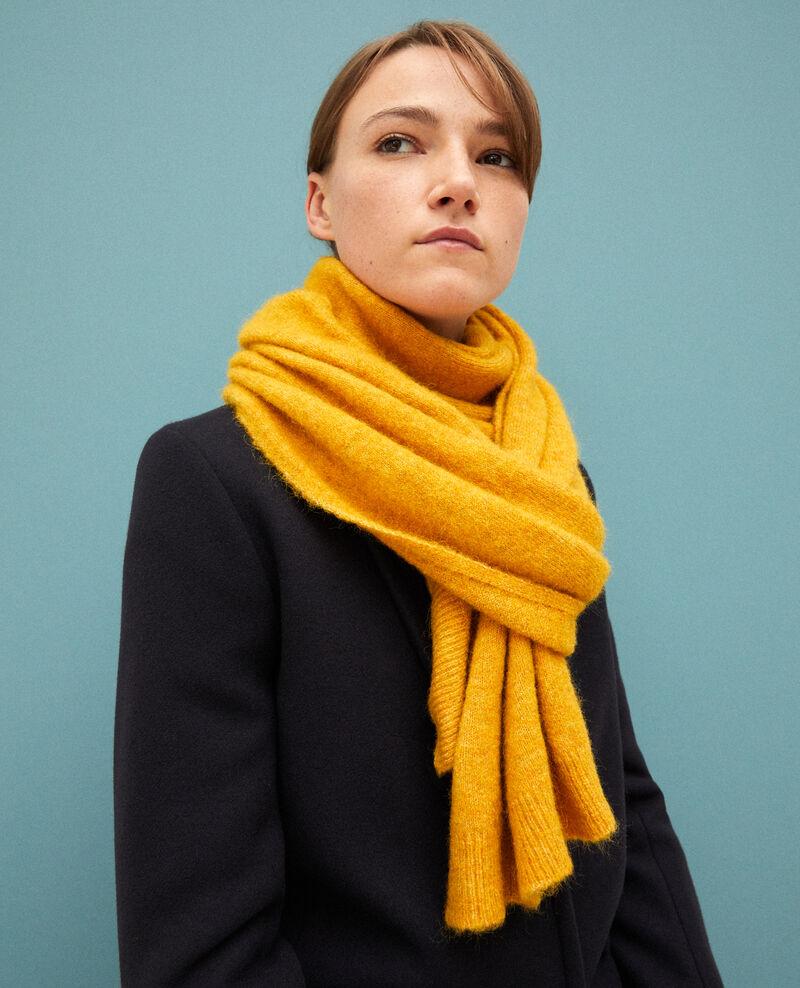 593d9165d23f8 Echarpe moelleuse pour femmes couleur jaune - Guli | Comptoir des ...