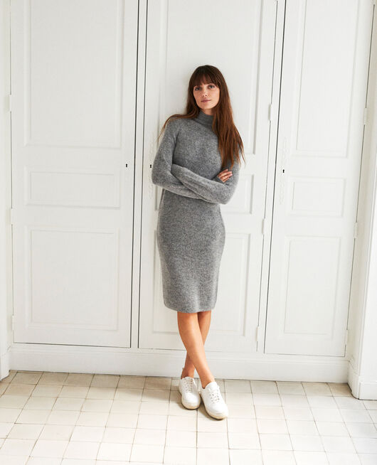 Robe longue en maille MIDDLE GREY