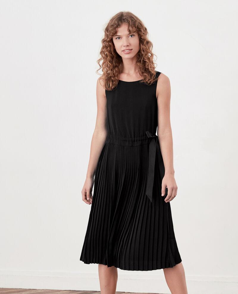 Robe avec partie plissée Noir Dosoleil
