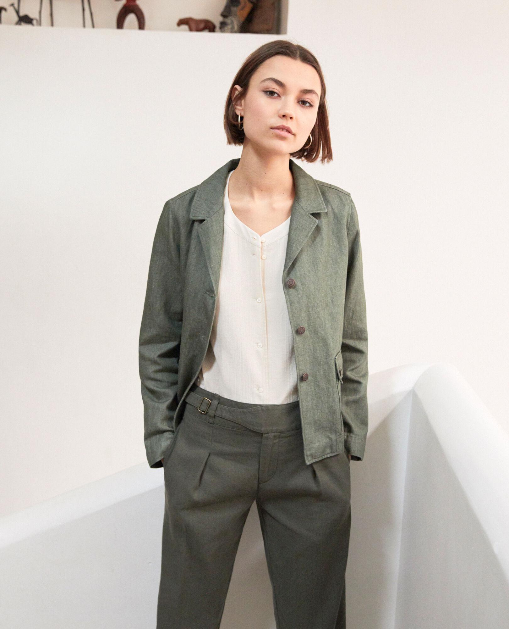 Petite veste courte femme beige