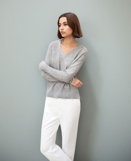 Pull fin en laine merinos LIGHT GREY