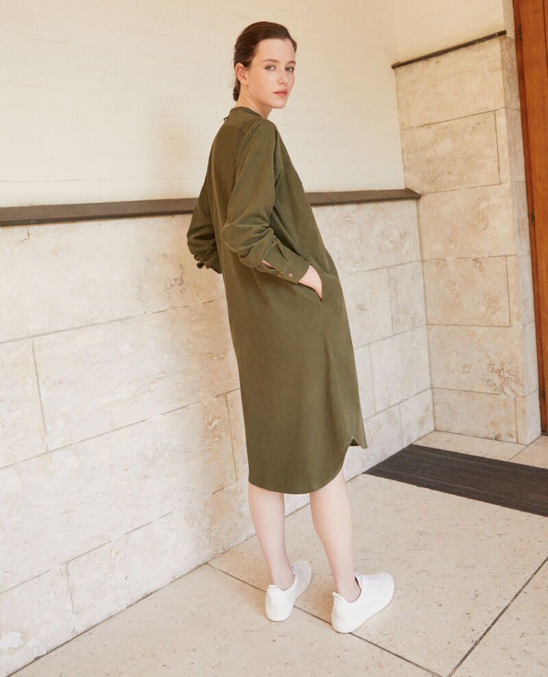 Robe en velours col mao Olive night Goiselle